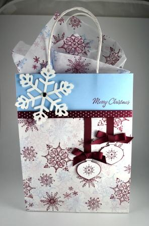 Decorating christmas gift bags indiepedia serene snowflake four the holidays delightful decorations idea for decoration bag easy christmas craftschristmas wrappingchristmas gift negle Gallery
